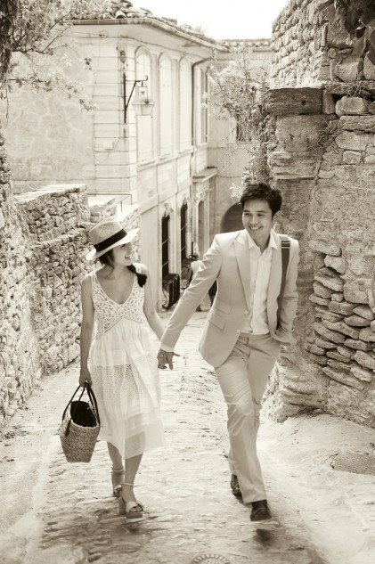 Destination Pre-wedding photography Provence 09