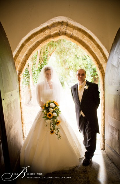 Father-Bride-in-St-Martins-church-Daventry-Northants