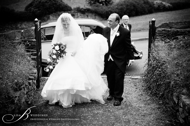 Father-Bride-outside-St-martins-Church-in-Northamptonshire-Lisa-B