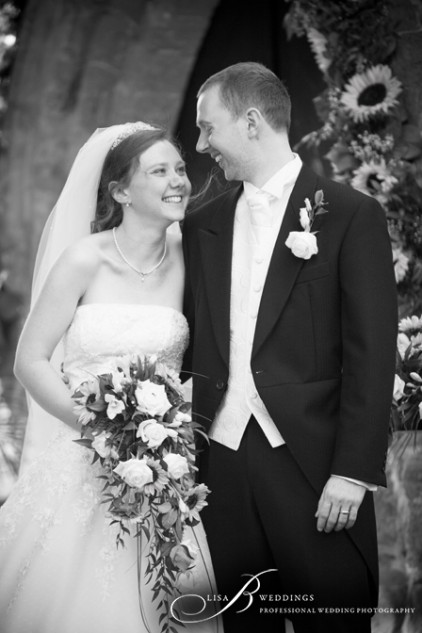 Sweet-wedding-portrait-of-couple-in-Daventry-Lisa-B